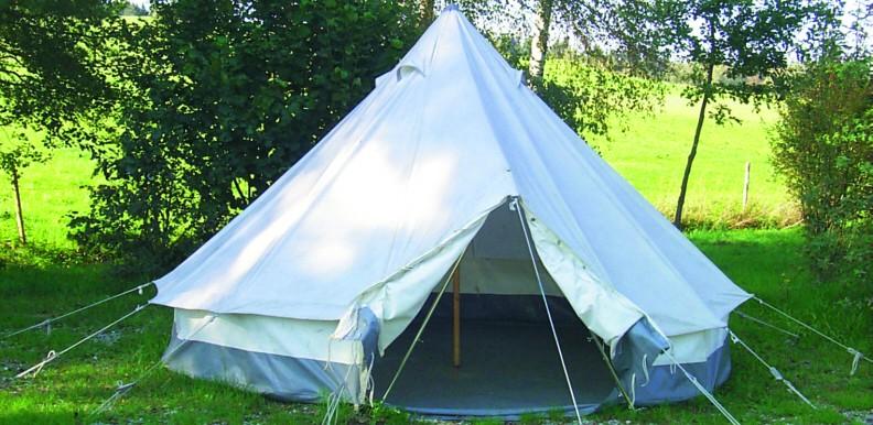 Zelt Für Hochdachkombi : Ein zelt für obdachlose peter walt