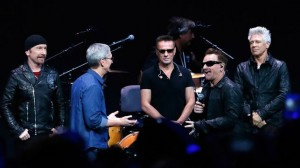 tim-cook-u2-apple